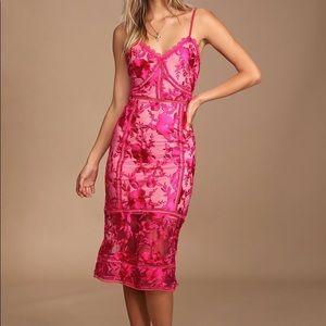 LuLu's Pink Lace Midi Dress (Never Worn)